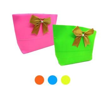 Bolsa para regalo con moño textil PREMIUM horizontal, colores fosfo surtidos, 17 x 32 x 9 cm.