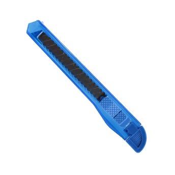 Cutter delgado, colores translúcidos, 12.5 X 1.5 cm.