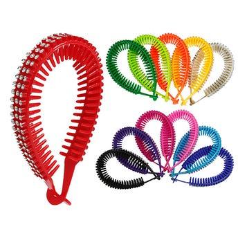 Cascada para cabello con decoraciones tipo brillantes, colores surtidos sujetos a disponibilidad.