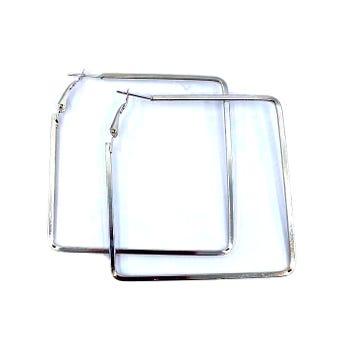 Arete arracada metálica plana cuadro plateado, 6 cm.