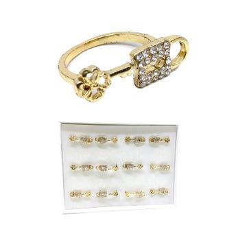Anillo metálico candado con llave con cristales, dorado, tallas surtidas.