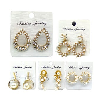 Arete metálico con perlas, inner por mod sujeto a disp, dorado.